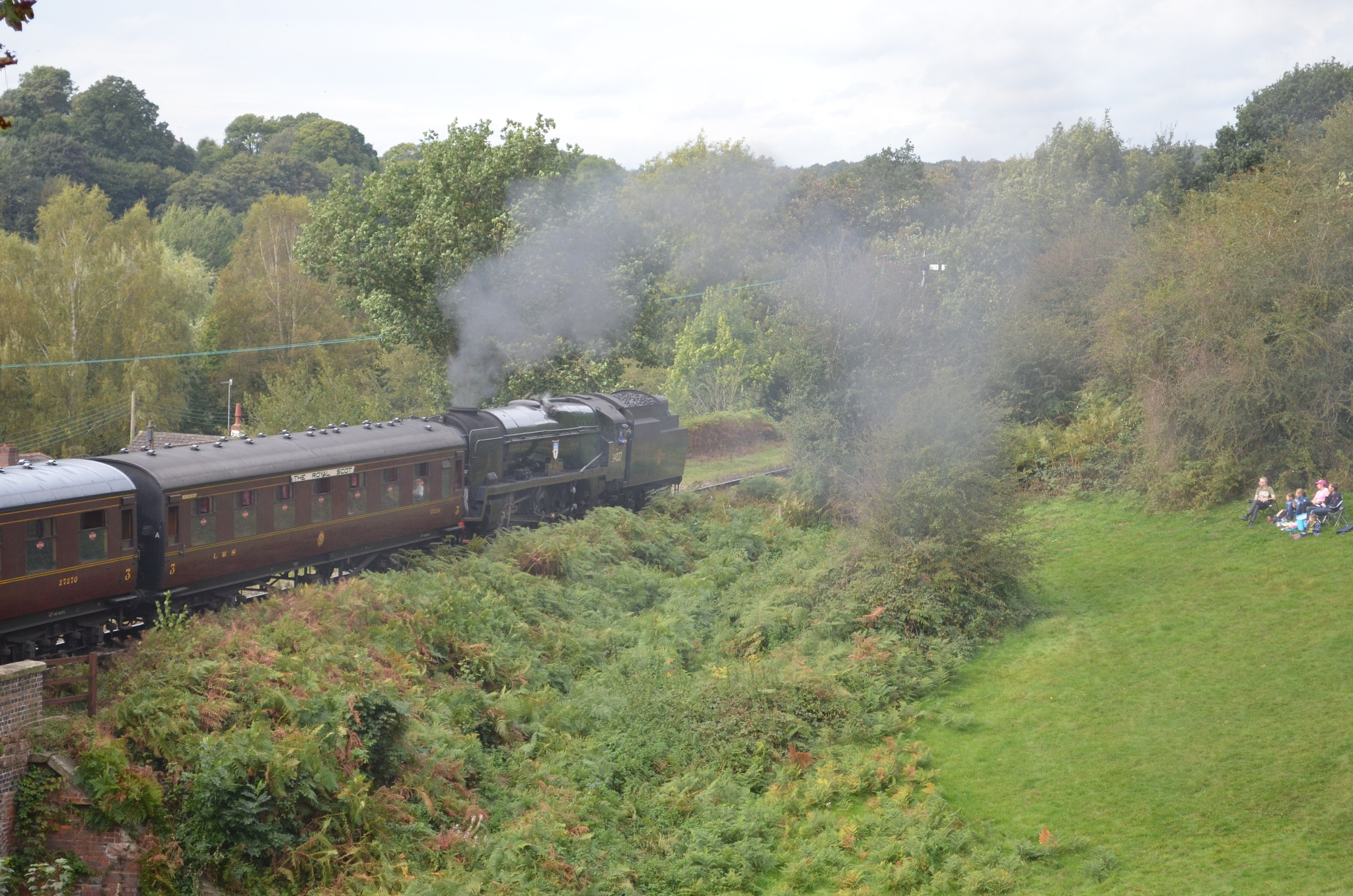 TAW VALLEY DEPARTING BEWDLEY ON WAY TO BRIDGNORTH by adrian.williams.58323