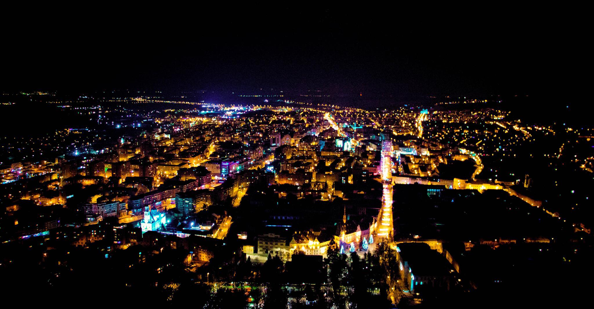 city by Karina Eyre