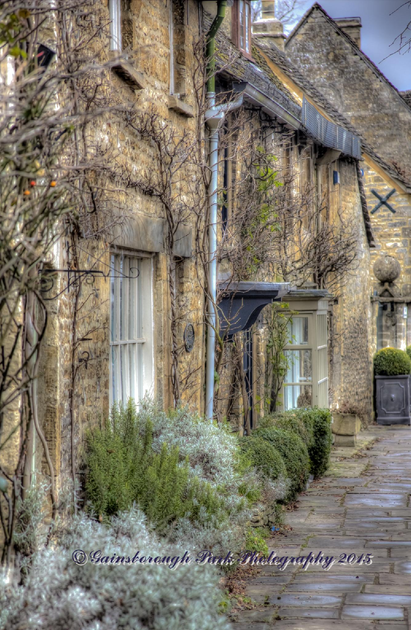 Burford by Gainsborough Park Photography