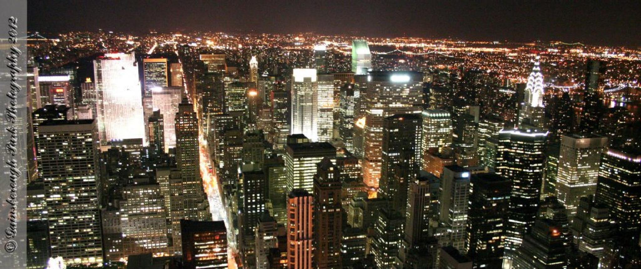 Manhattan at night by Gainsborough Park Photography