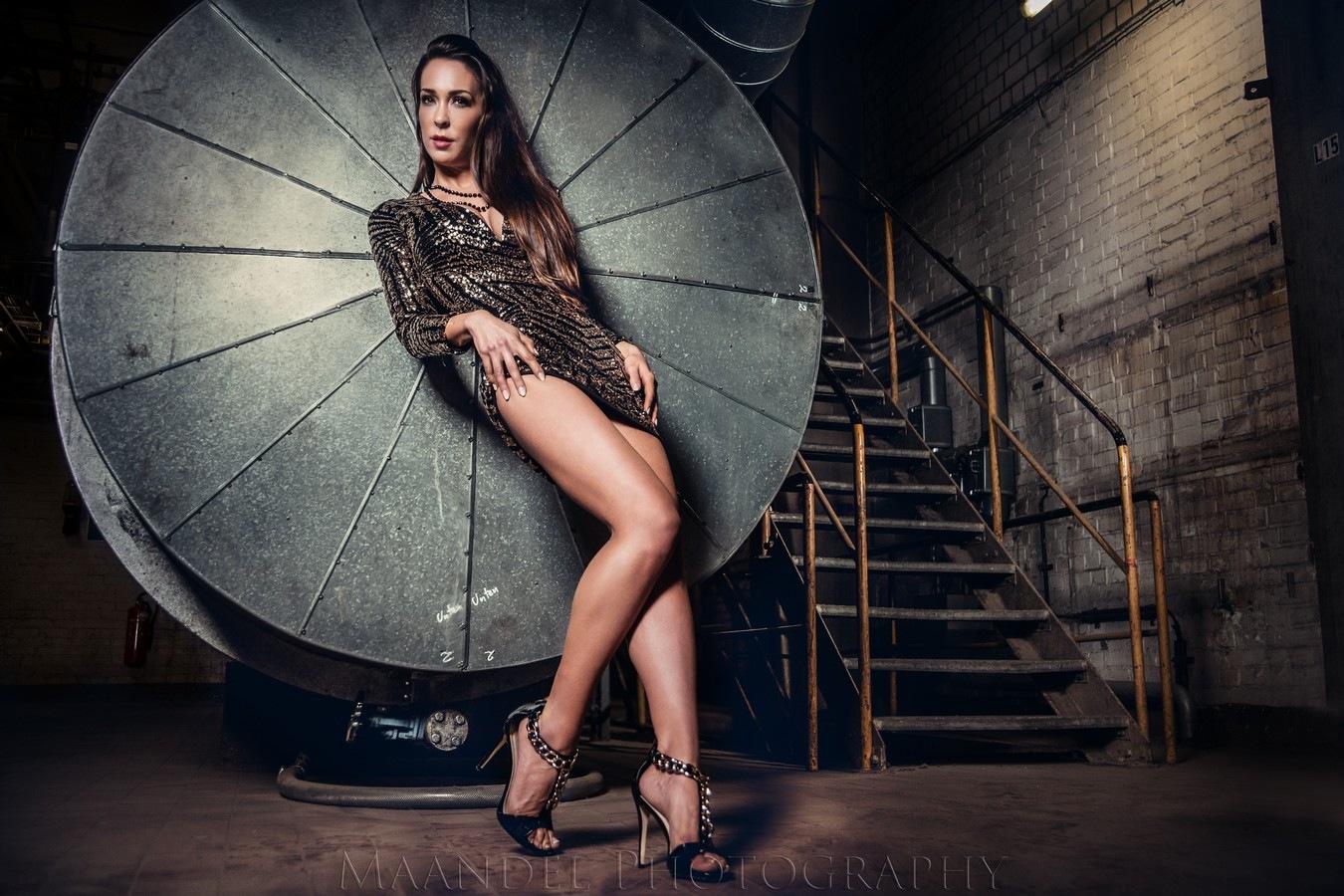 Sarah by Maandel Photography