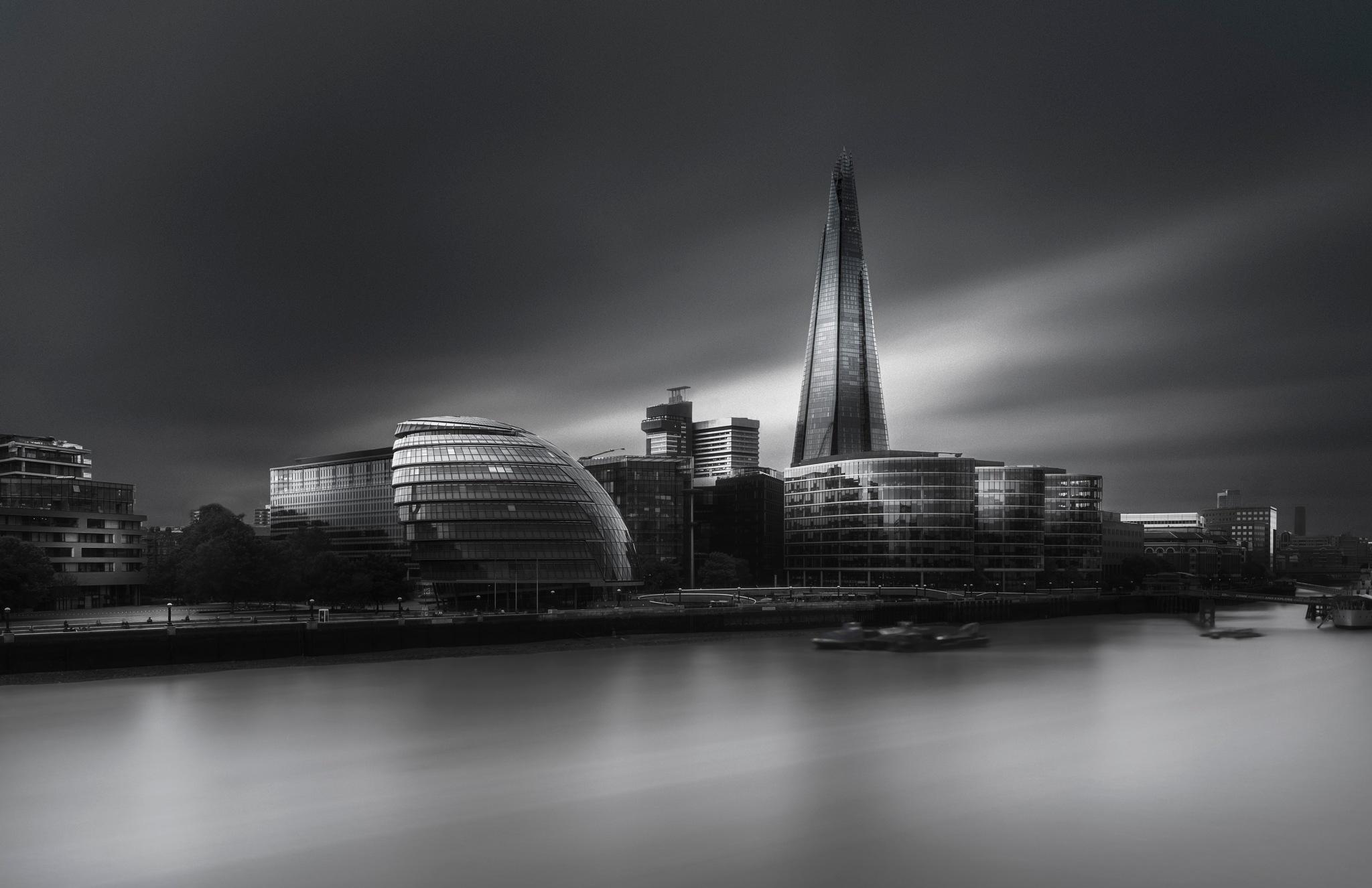 London city hall skyline by Ahmed Thabet