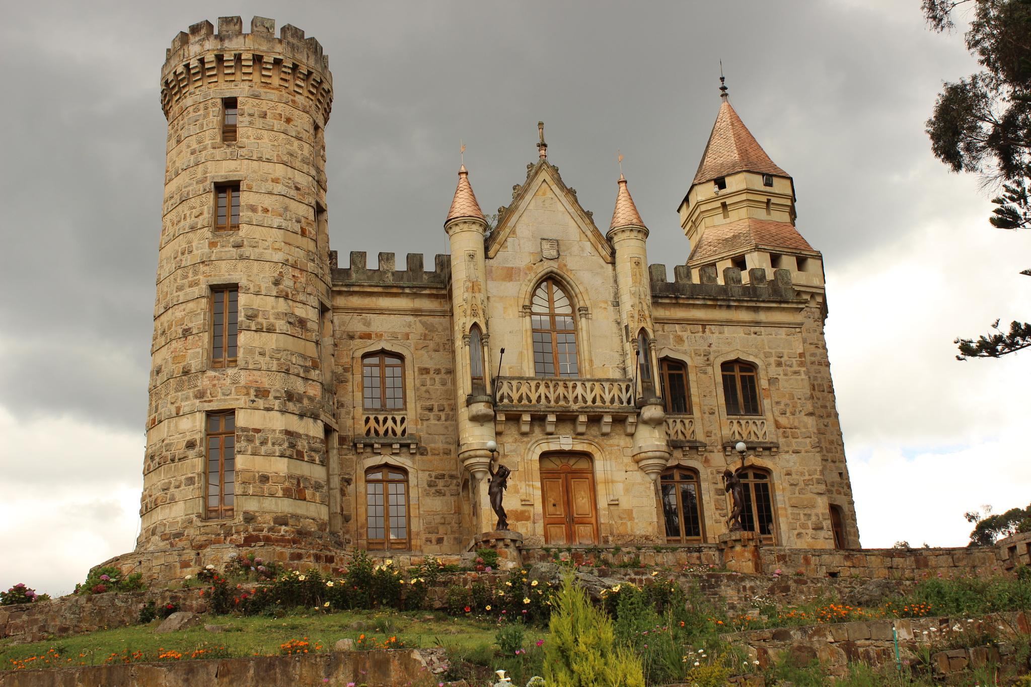 Castillo Marroquin, Chia, Colombia. by Fabio Francisco Beltran Barrera