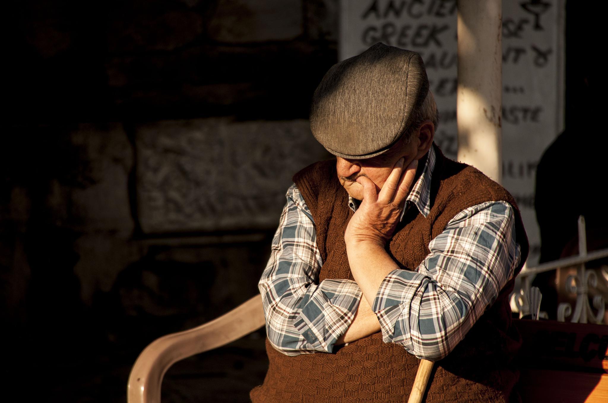 turkish man resting by gorber
