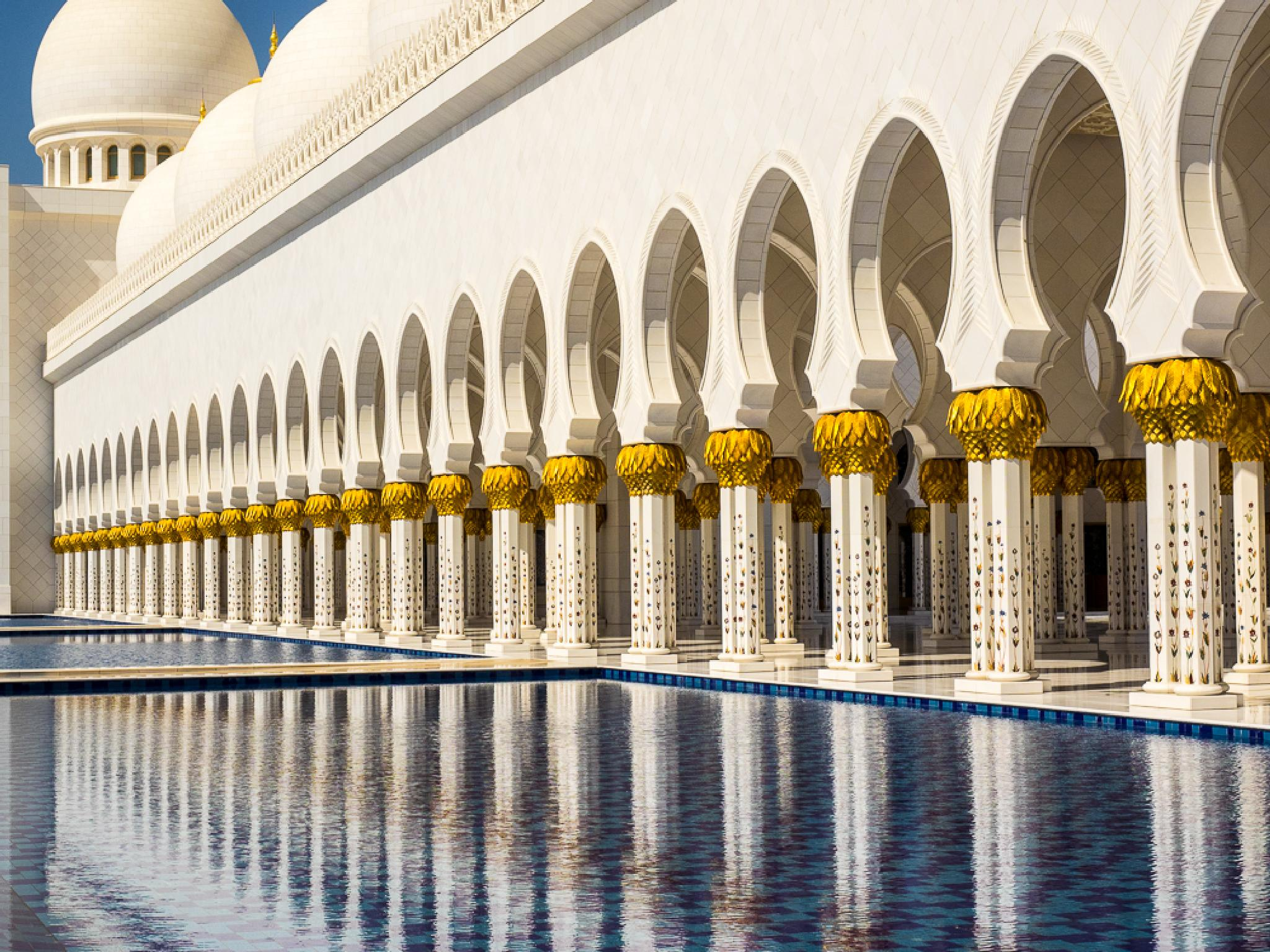 Abu Dhabi Grand Mosche by messner.harald