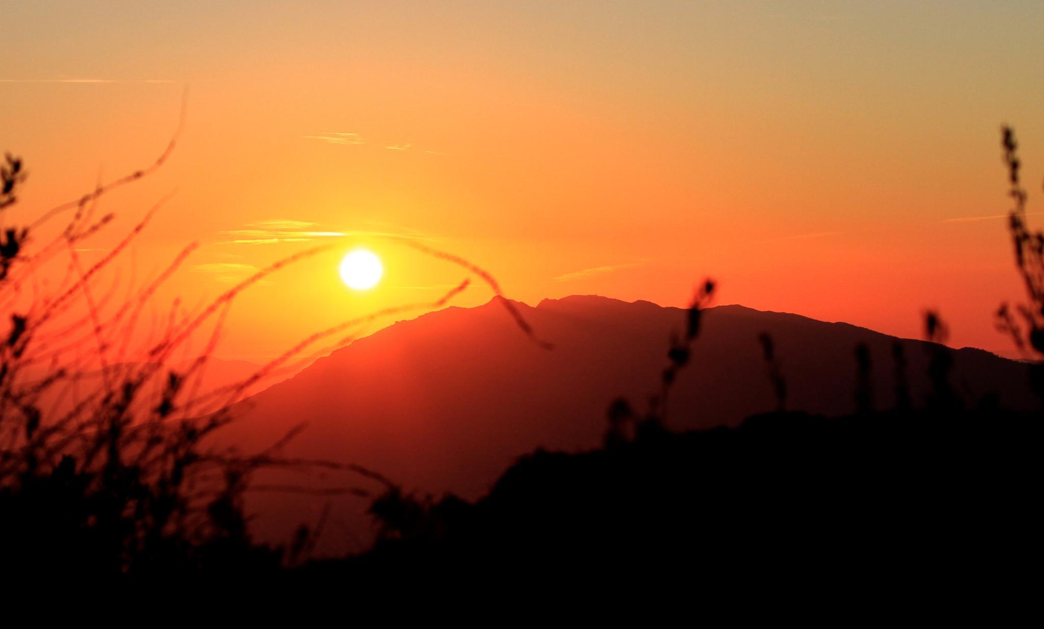 Sunset  by Badr Pedro