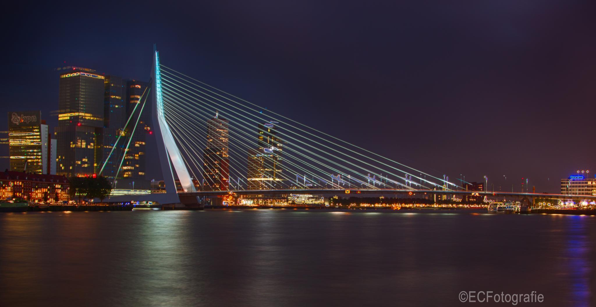 Erasmusbridge Rotterdam by eelke.cooiman
