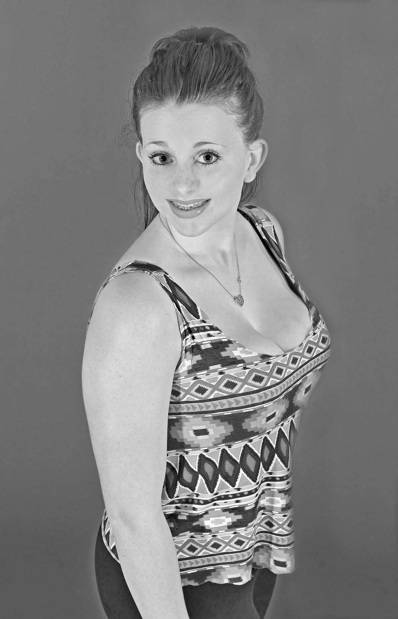 Danielle - Portrait - Monochrome by paul.hosker