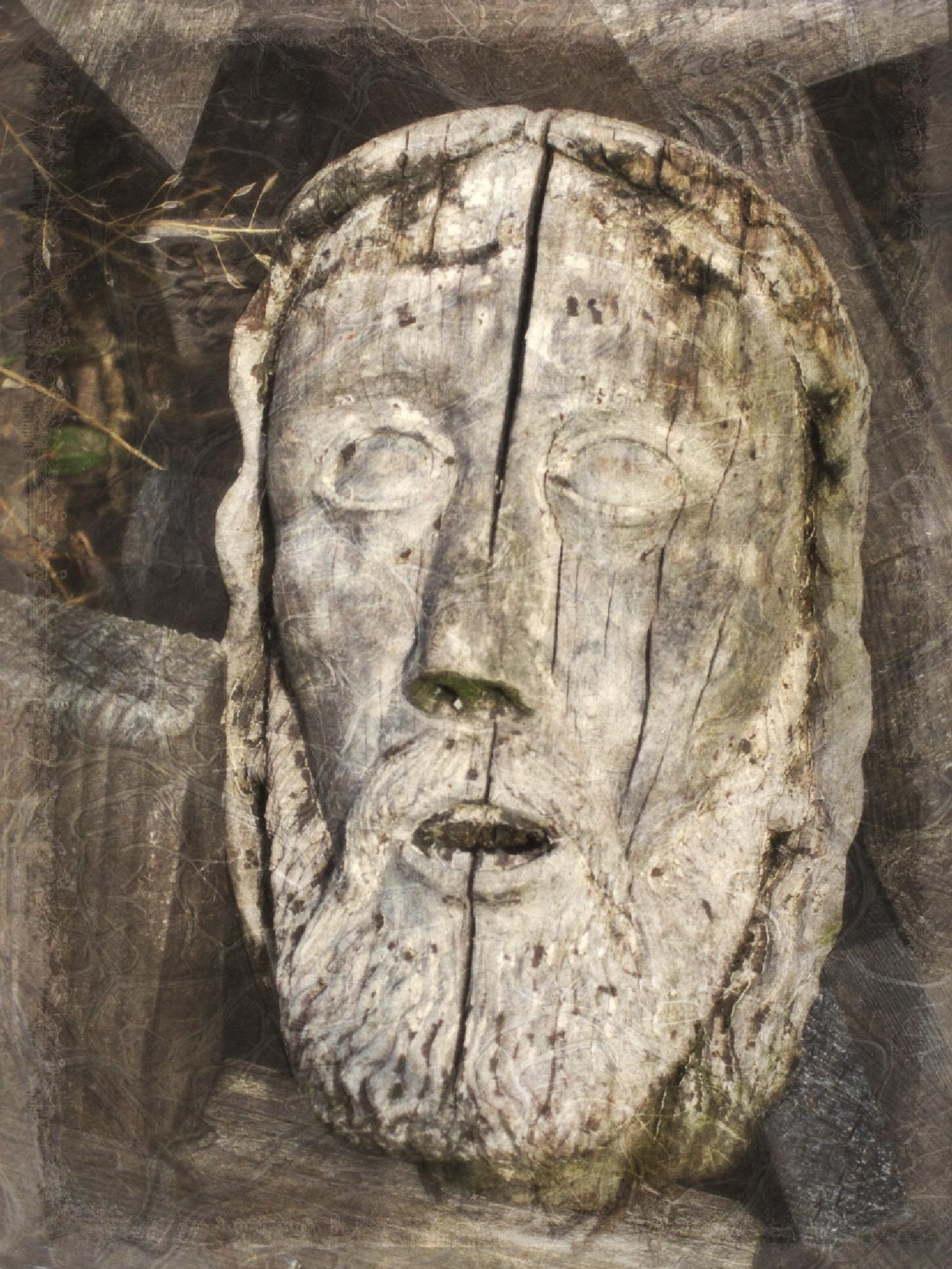 Wood carving of Christ face by RutaS