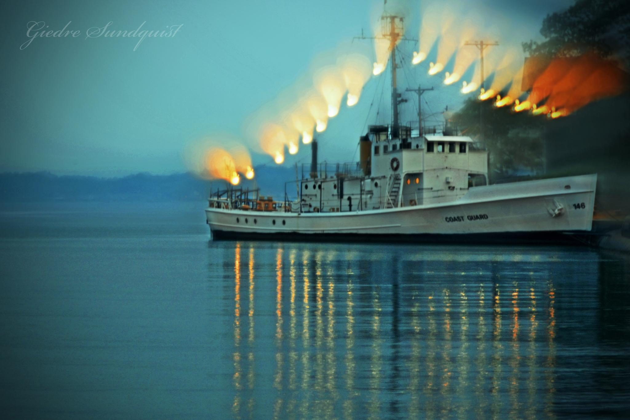 Boat lights by giedre.sundquist