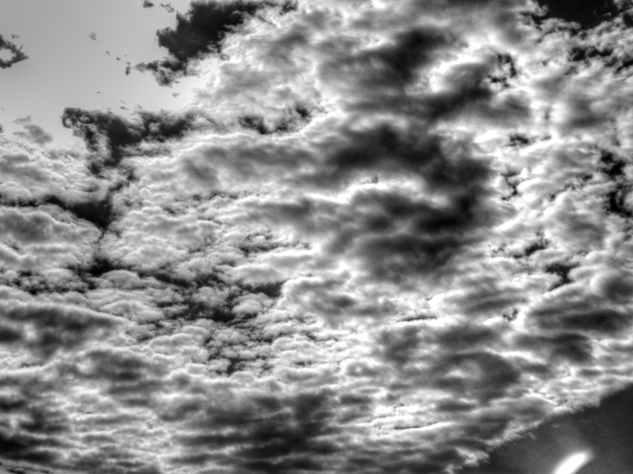 clouds by zvnktomasevic