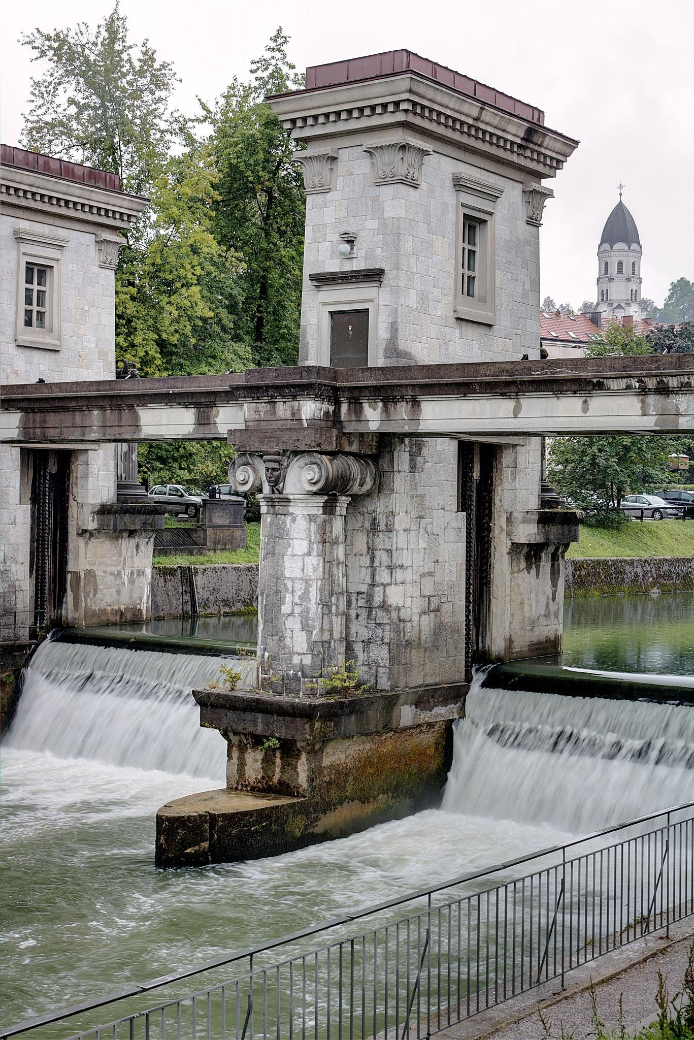River Ljubljanica III ..... by zvnktomasevic