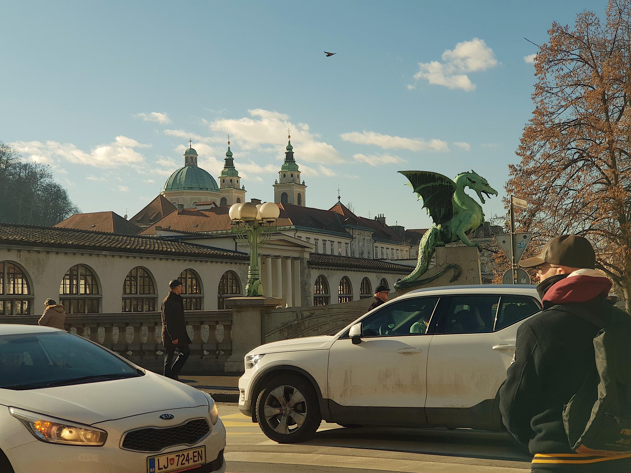 4 Dragon bridge by zvnktomasevic