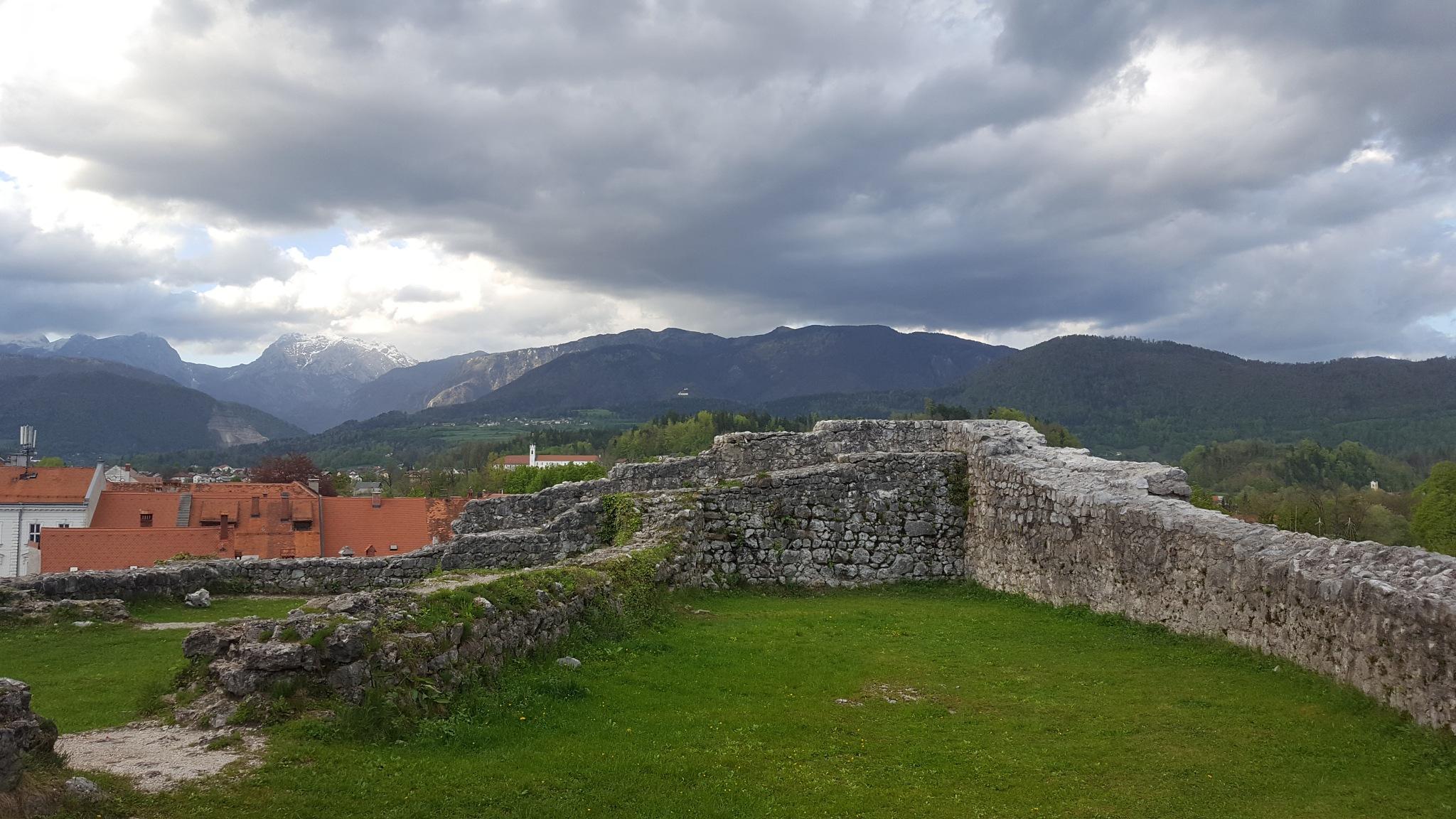 Kamnik (Mali grad) (Gorenjska) by zvnktomasevic