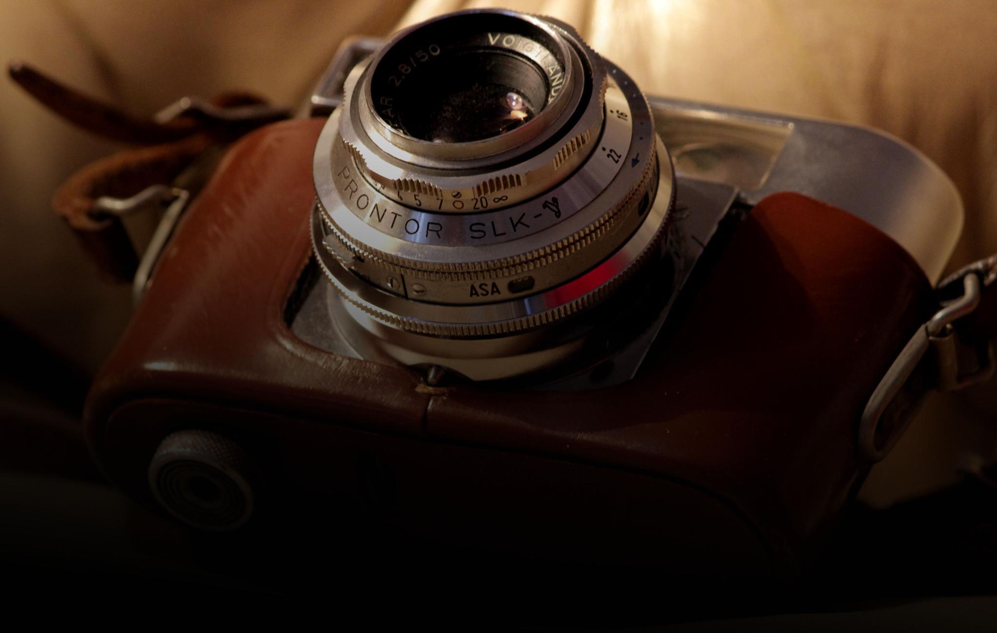 Camera by pernillamia