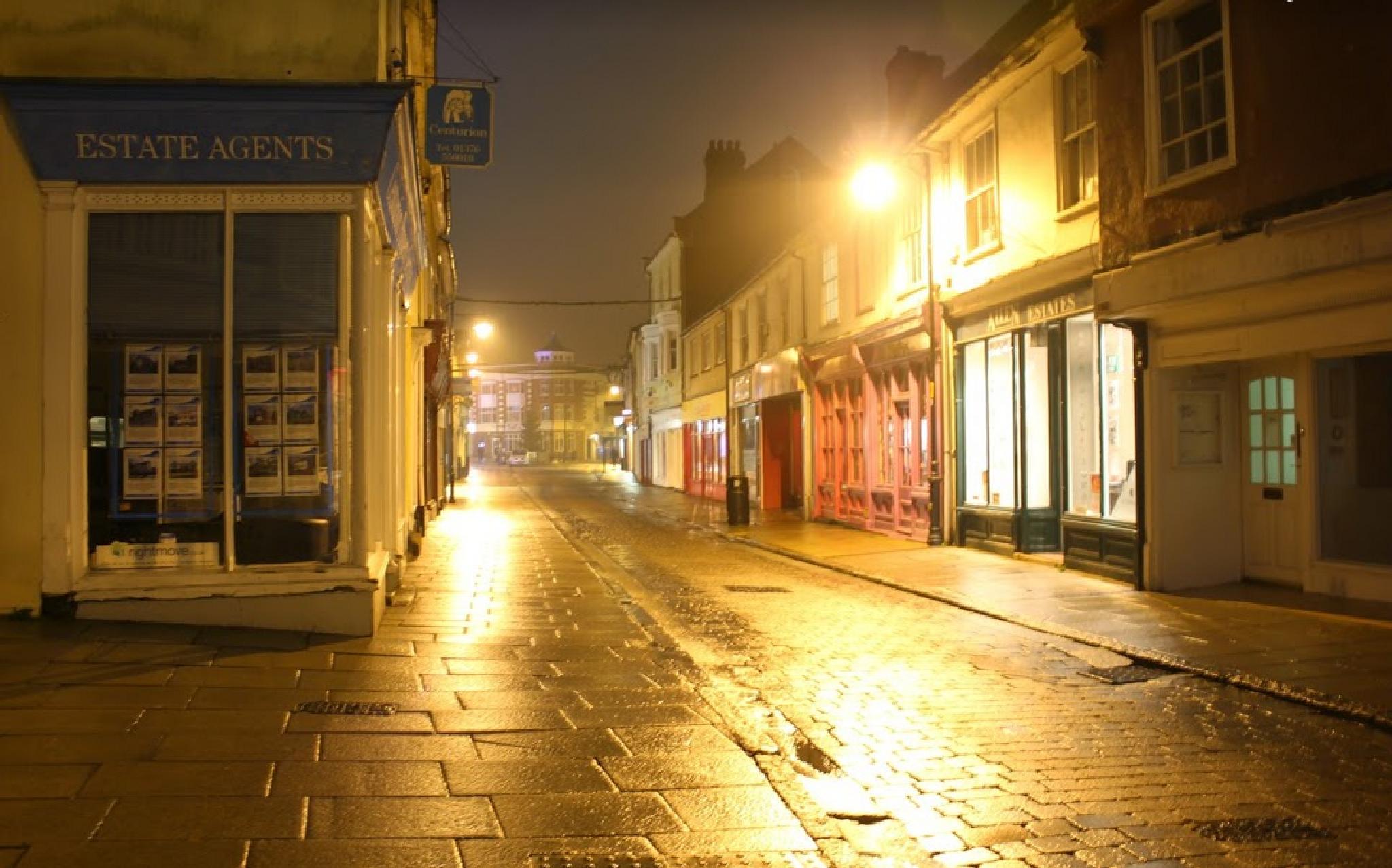 Damp night's by gary.macnicol