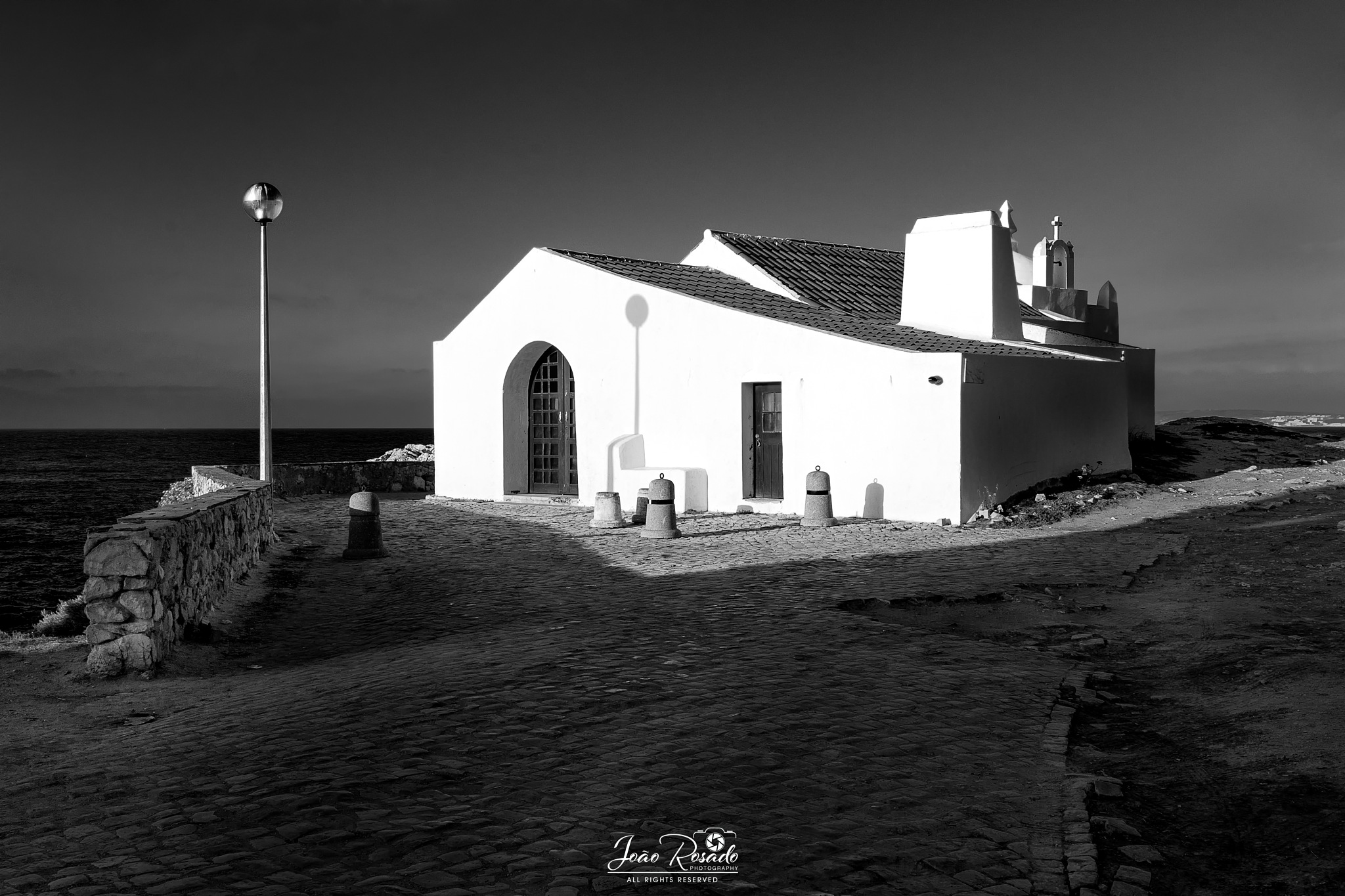"St. Stephen's Chapel ""contrasts"" by joao.m.rosado.9"