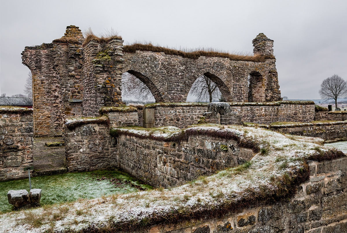 The old monastery ruin by Canonmats