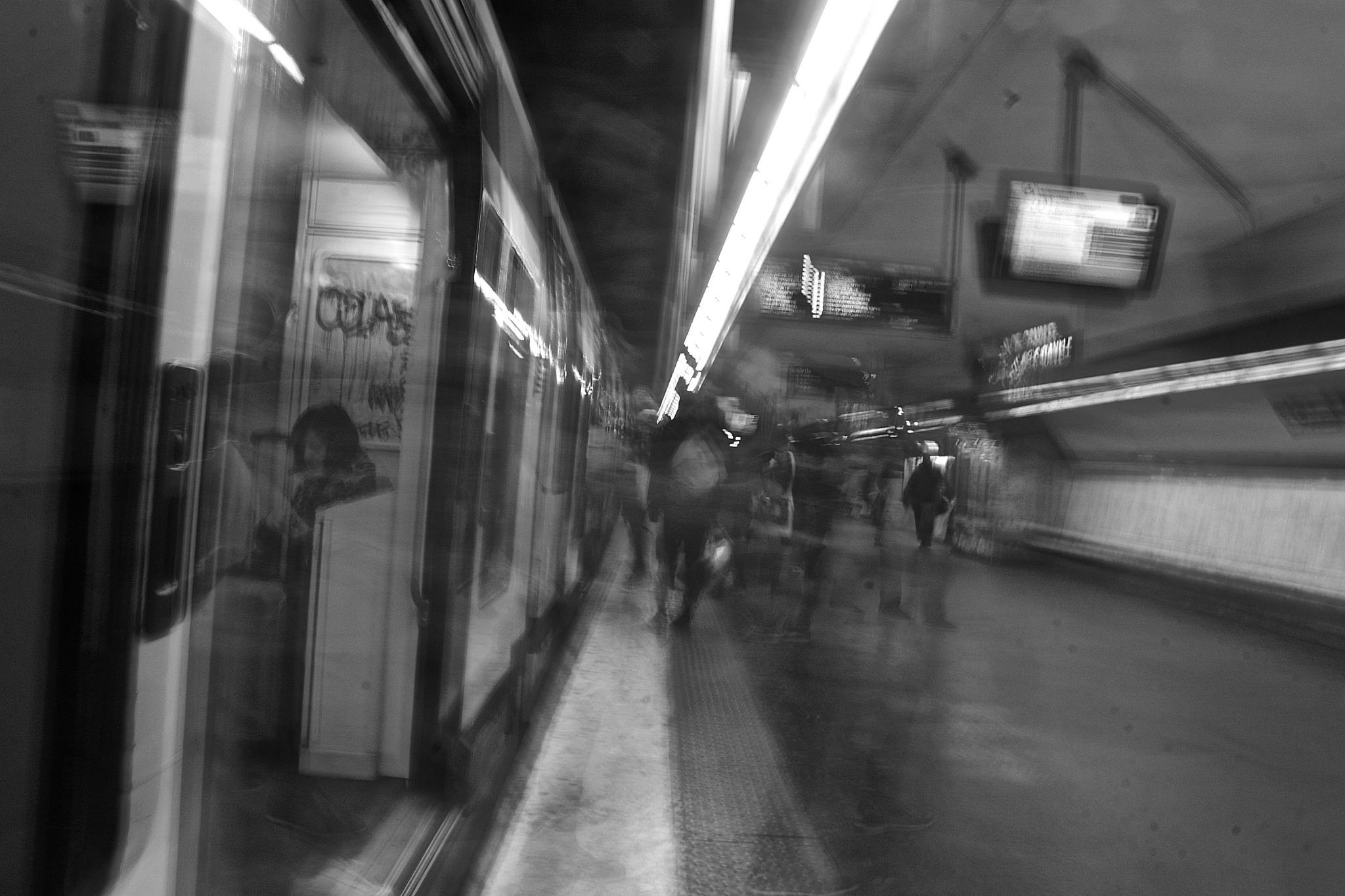 Photo in Black and White #paris #charledegaulleétoile #rer #train #people