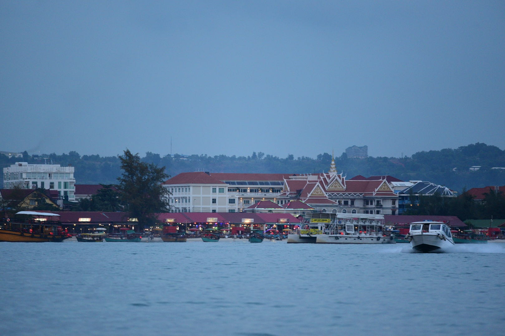 sihanoukville waterfront by lequangchi