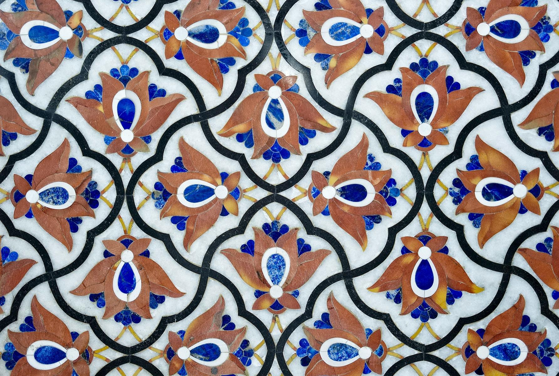 Semi-precious stone working by Osman Tümay