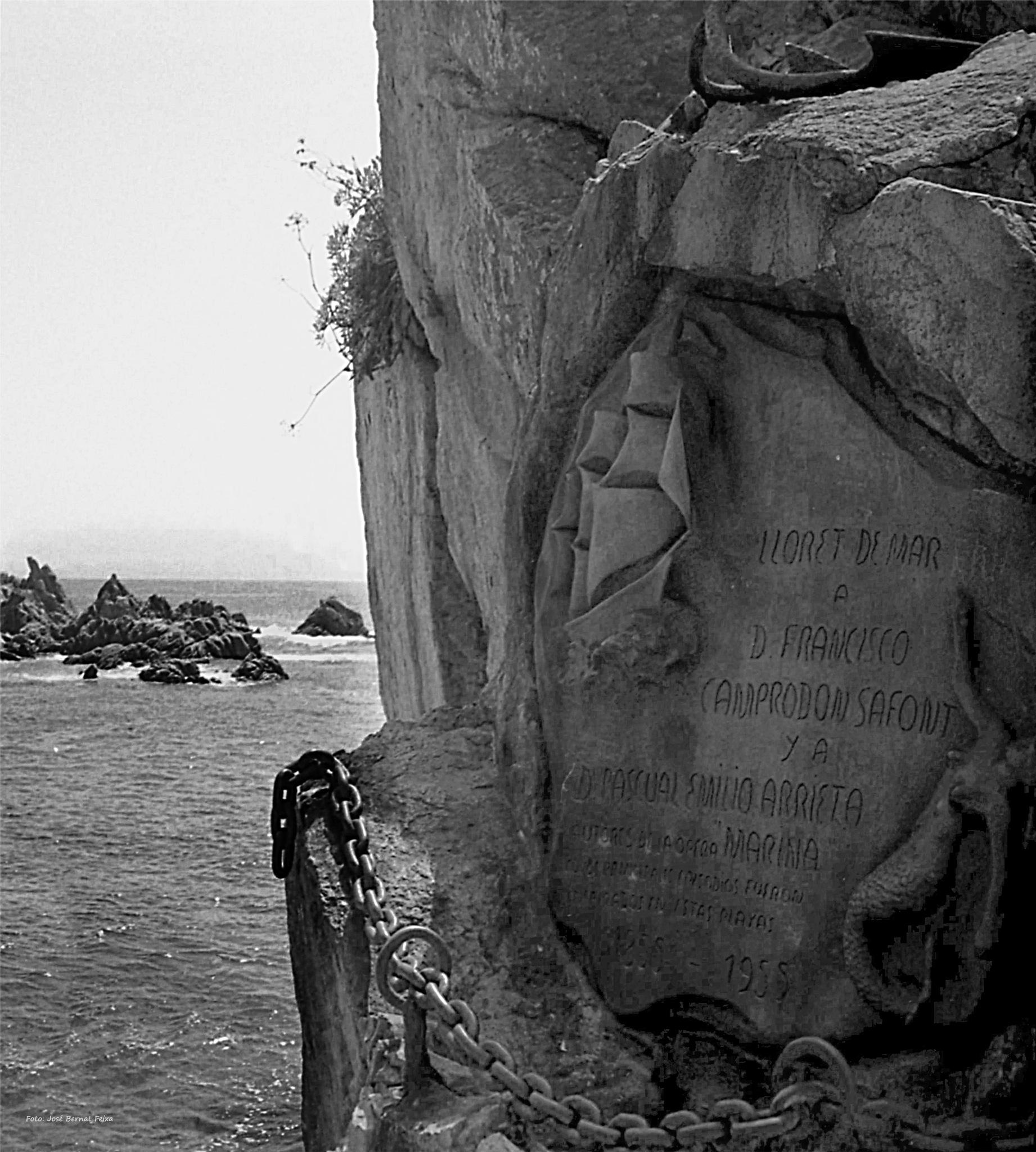 PIEDRA CONMEMORATIVA ; GEDENKSTEEN ; MEMORIAL STONE by José Bernat Feixa