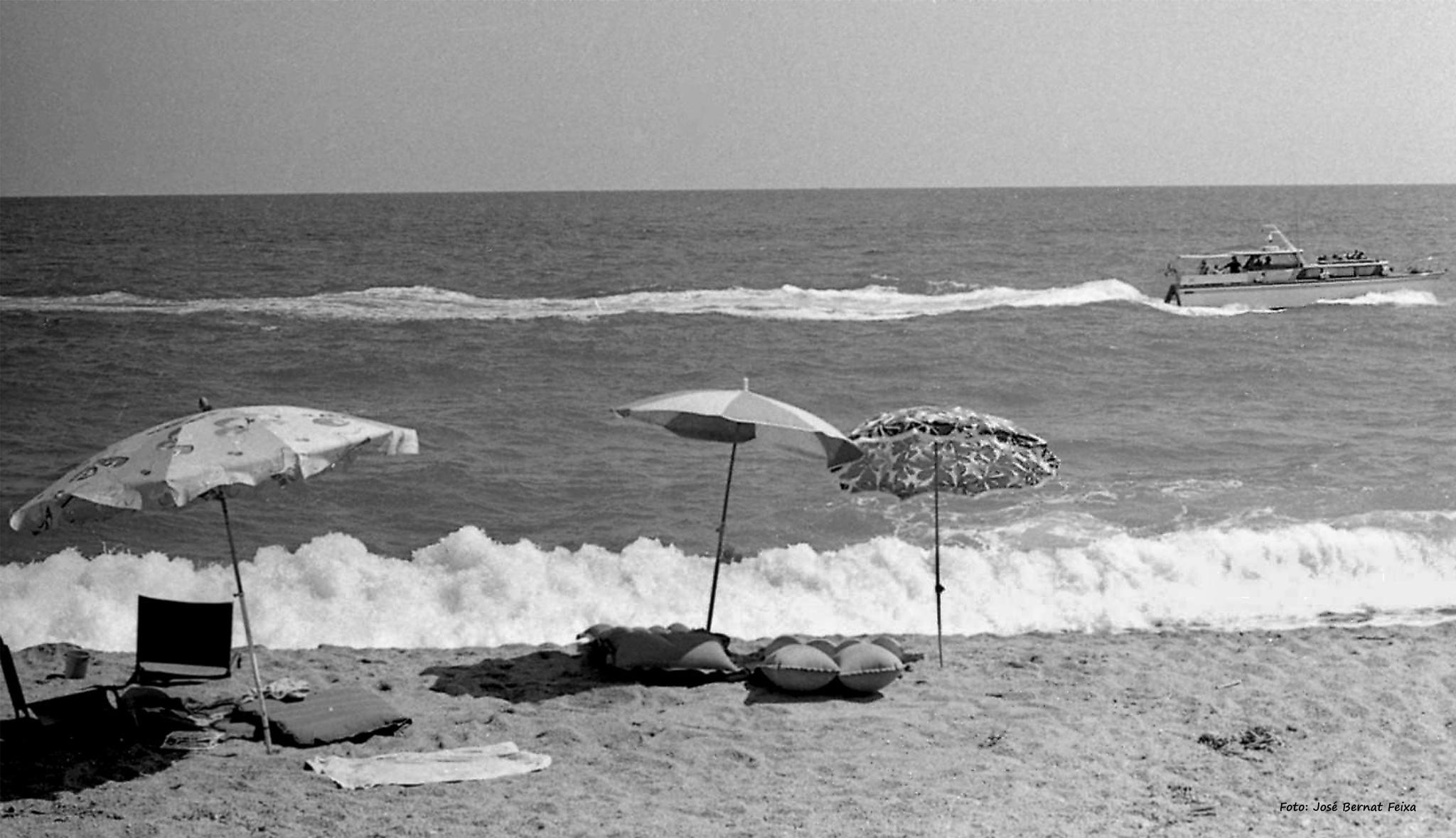 MAR Y PLAYA, ZEE EN STRAND, SEA AND BEACH (60's) by José Bernat Feixa