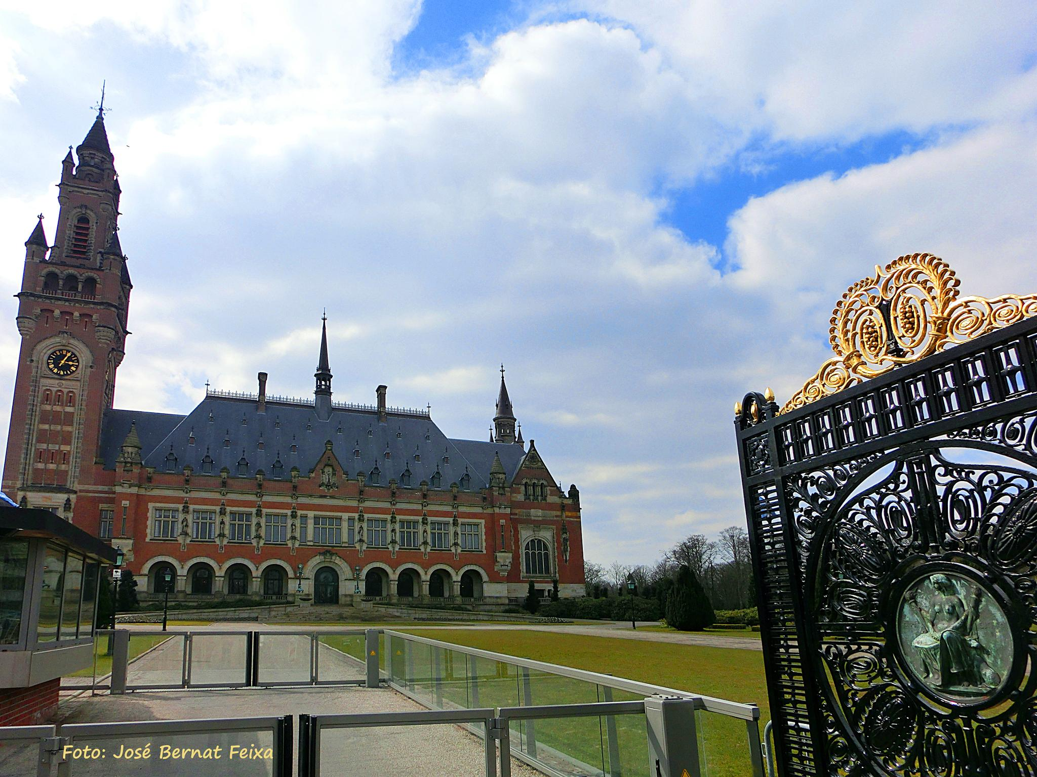 Vredespaleis - The International Court of Justice -Den Haag, The Hague by José Bernat Feixa