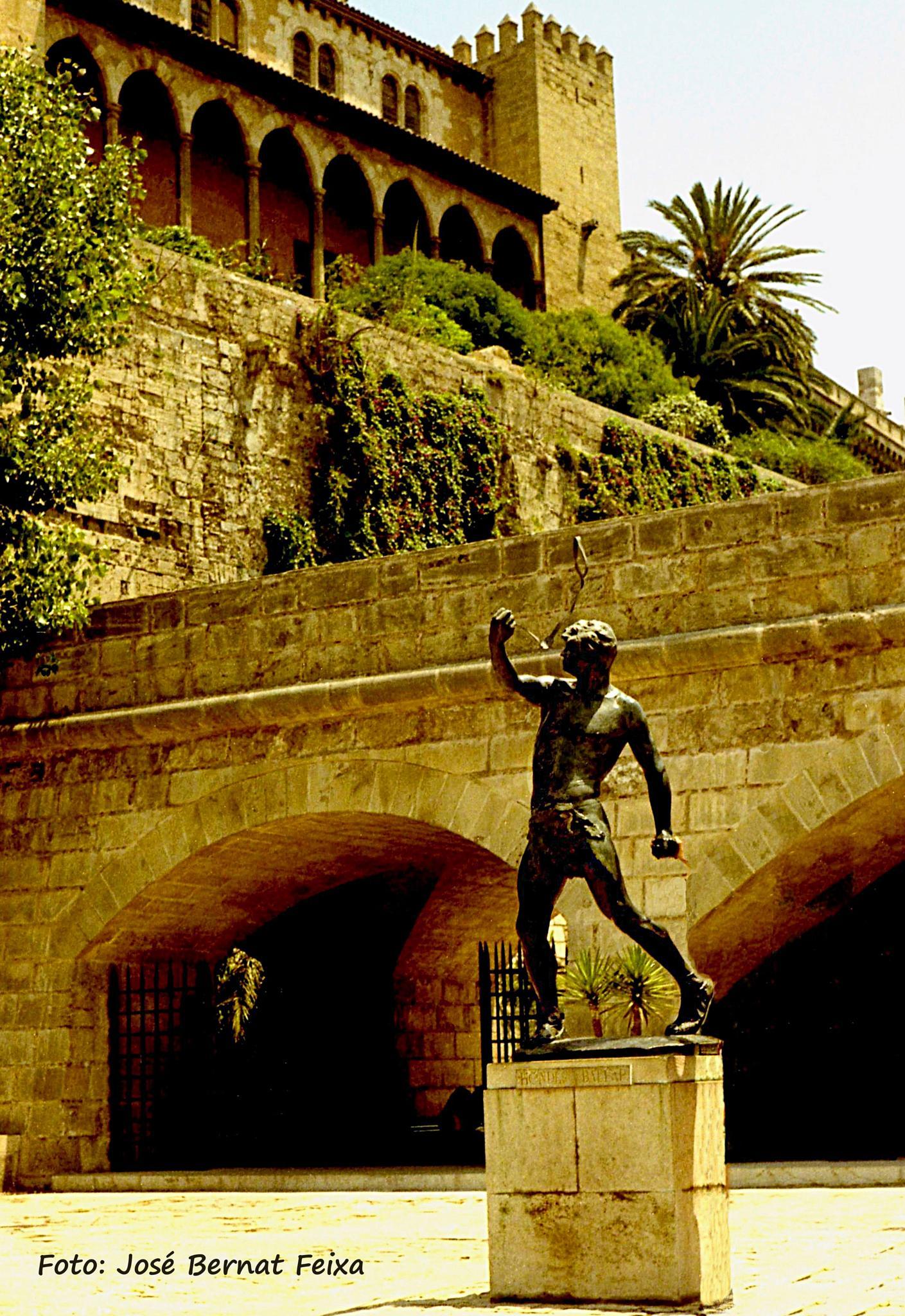ESTATUA, STANDBEELD, STATUE, Mallorca (1973) by José Bernat Feixa