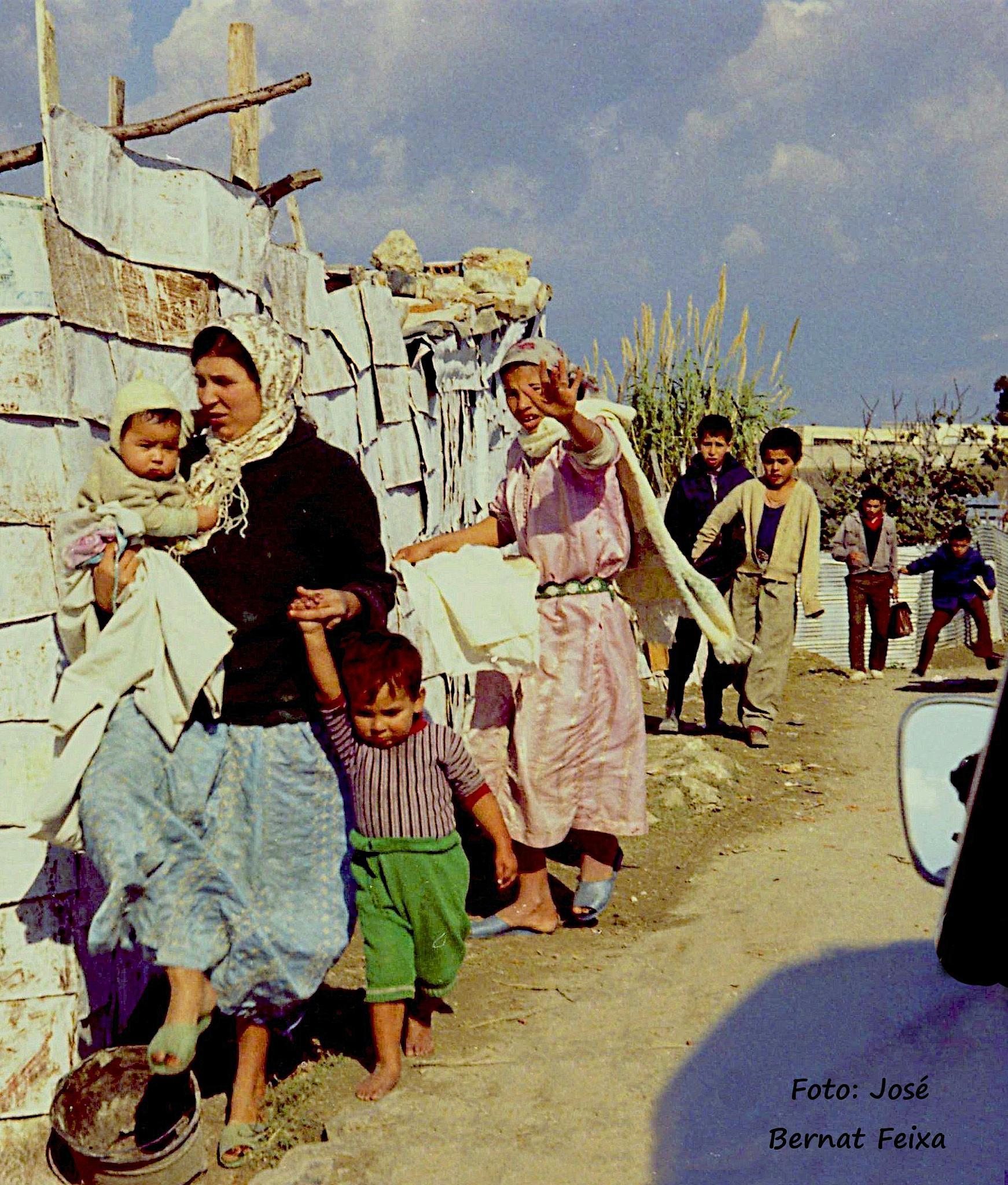 GENTE, MENSEN, PEOPLE,Tanger (1971)  by José Bernat Feixa