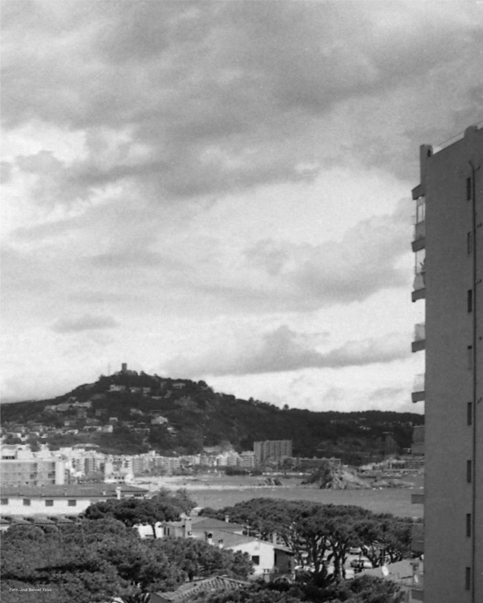 VISTA ; UITZICHT ; VIEW by José Bernat Feixa