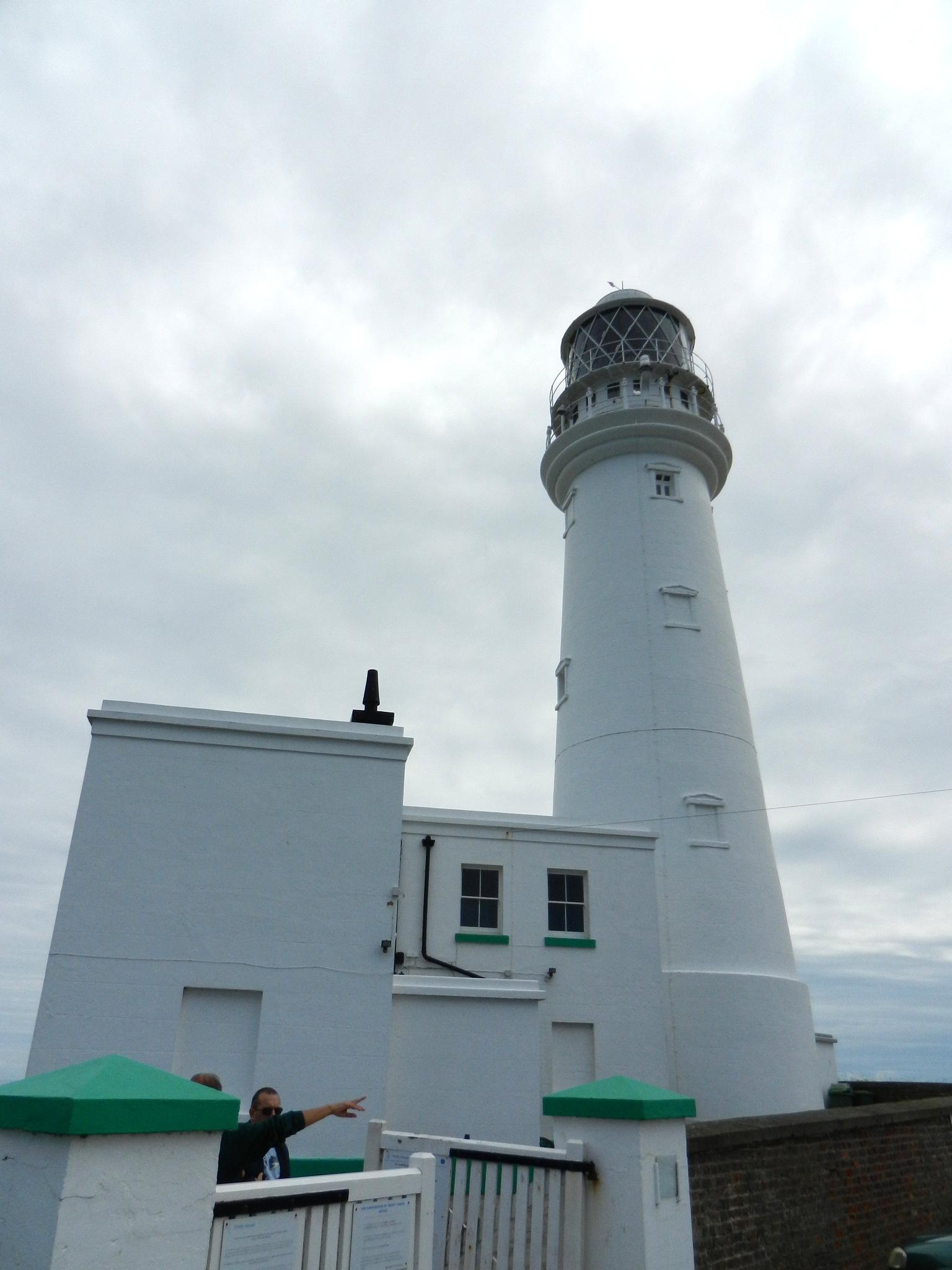 Flamborough lighthouse by rob.lloyd.3954