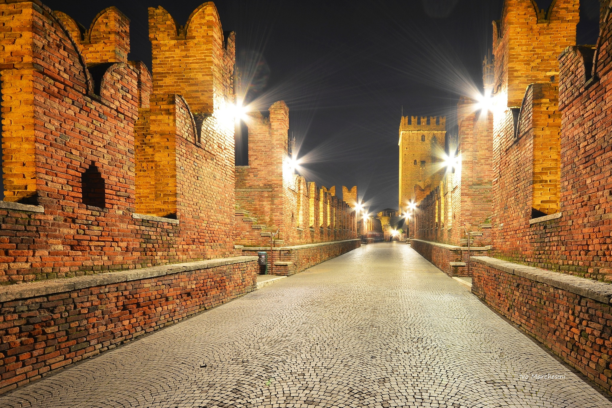 Verona by night by ivomarkes