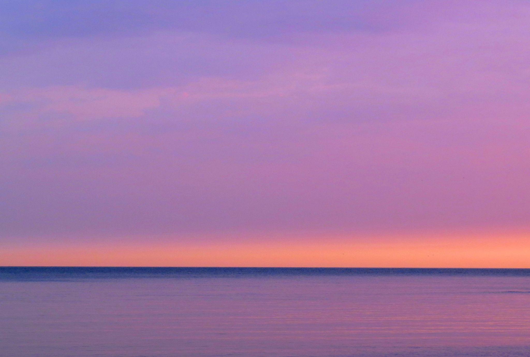 Pastel sunrise by pennieawhite