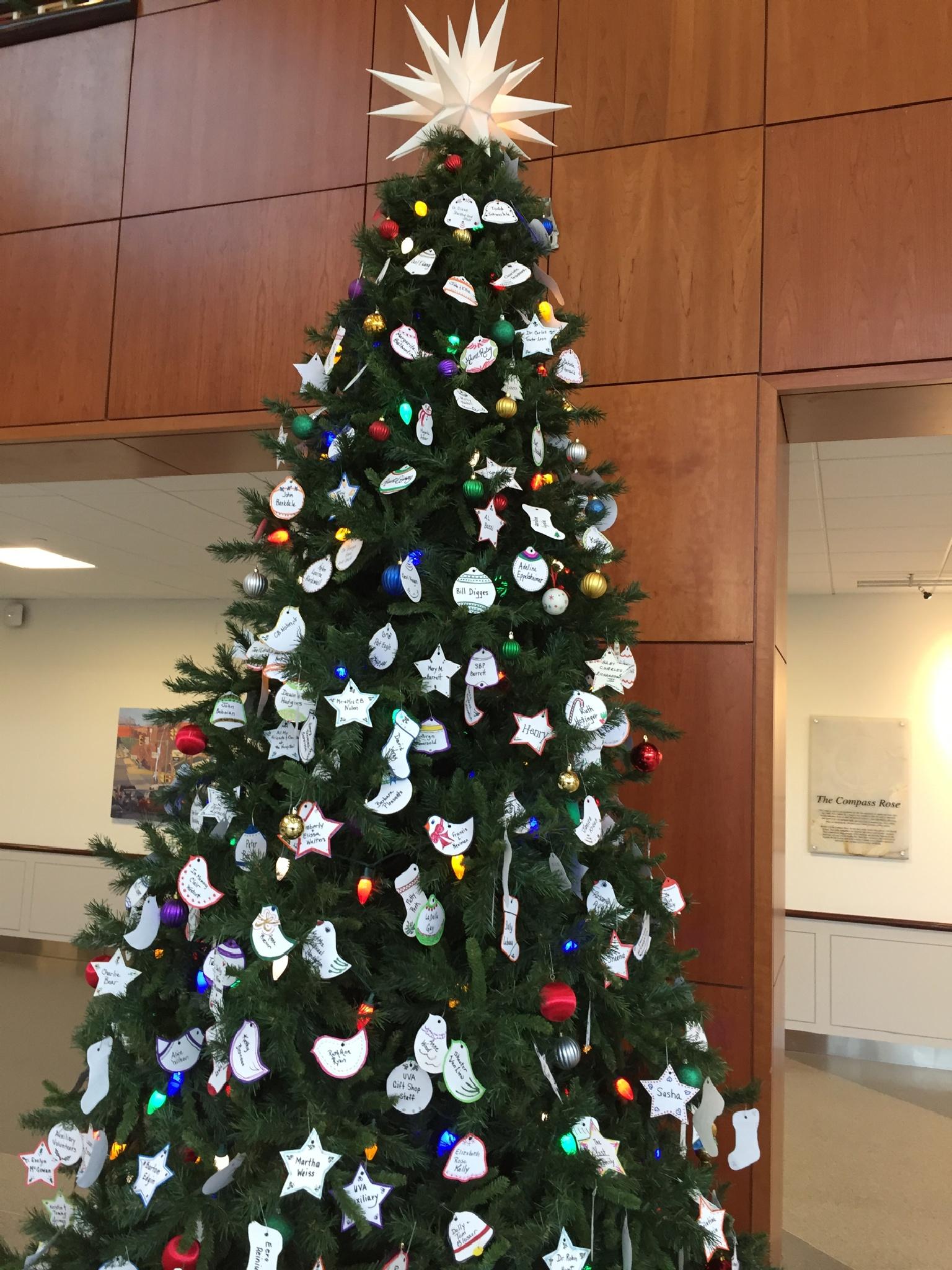 Christmas tree  by seshac