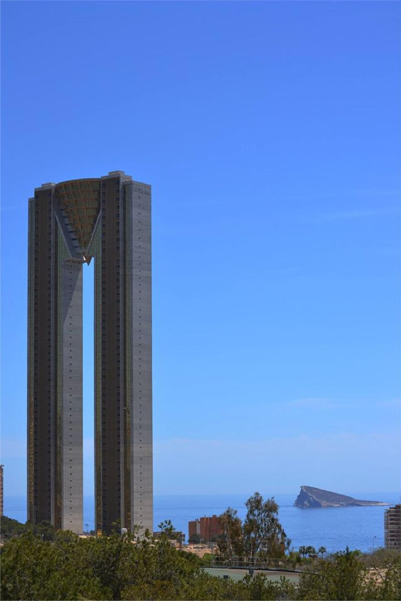 Tempo Towers Benidorm by photoherrieschnoink
