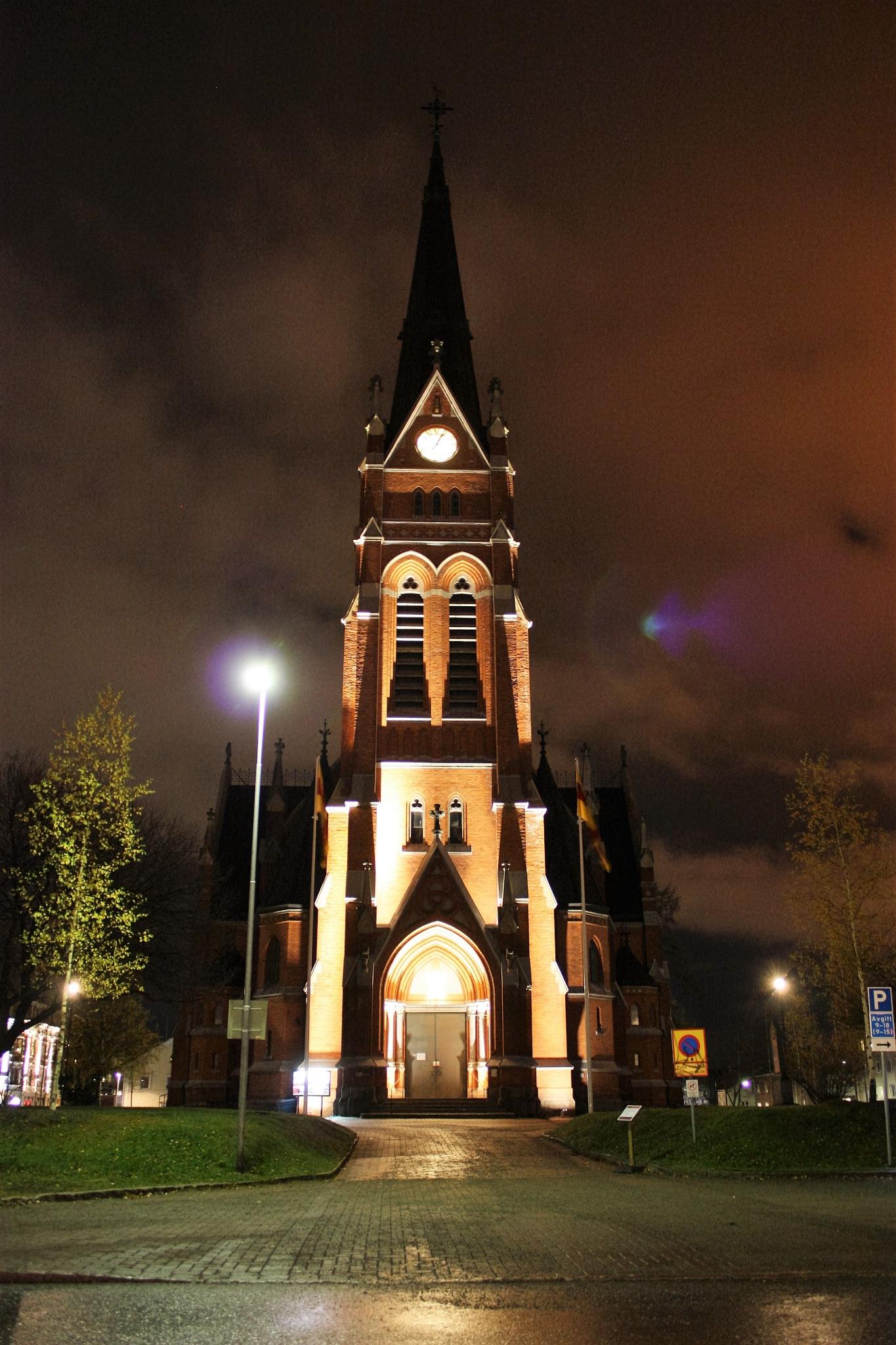 Luleå cathedral by karinbelinki