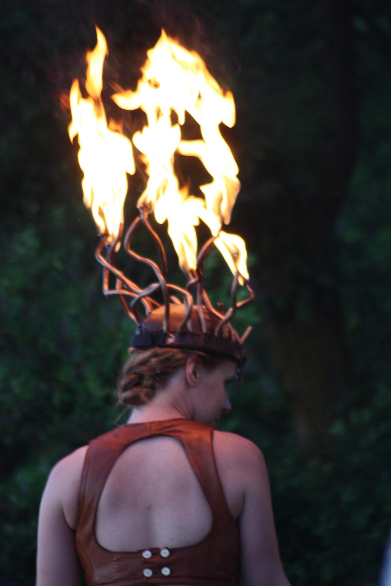 Horn of fire by karinbelinki