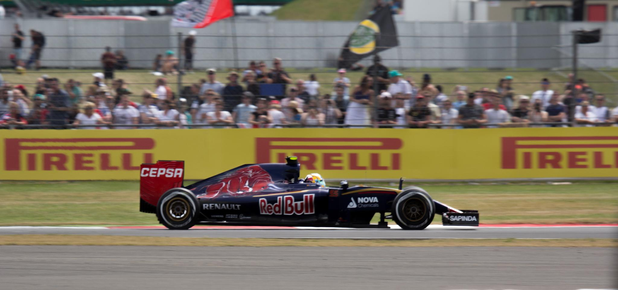 redbull at silverstone  by eddie.powell.9809