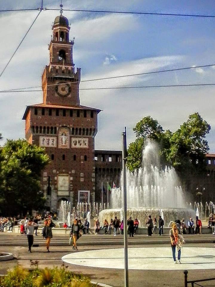 Castello Sforzesco , Torre del Filarete , Milano. by Paolo Pasquali