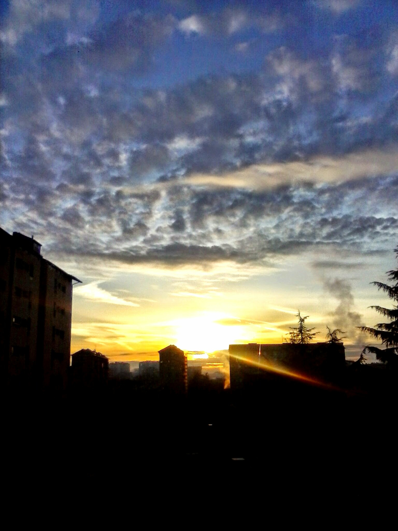 Sunrise in Milan by Paolo Pasquali