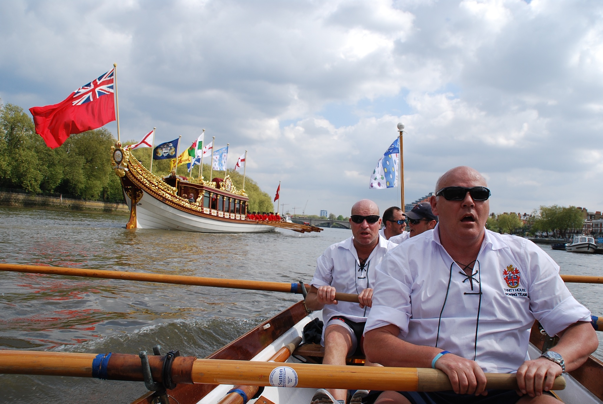 Rowing in the Tudor Pull in London by Joe Lane