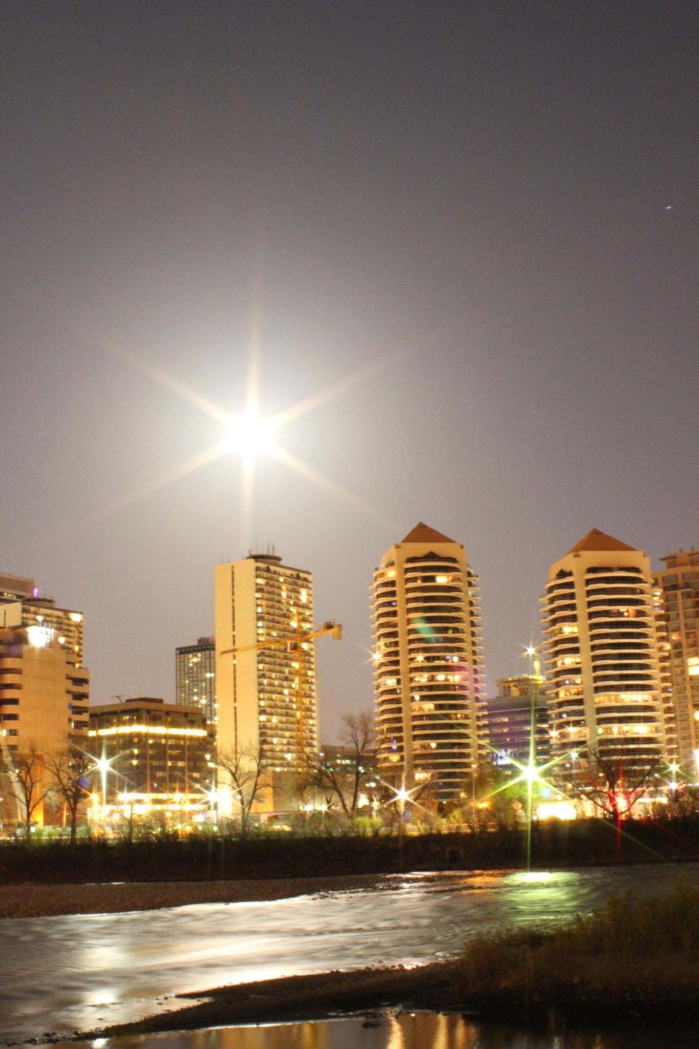 Calgary by night by jl.samjane