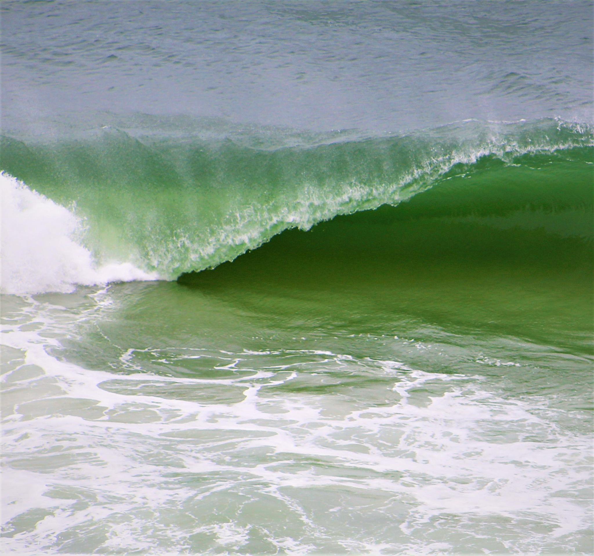 breaking waves by cindi.lucas.7