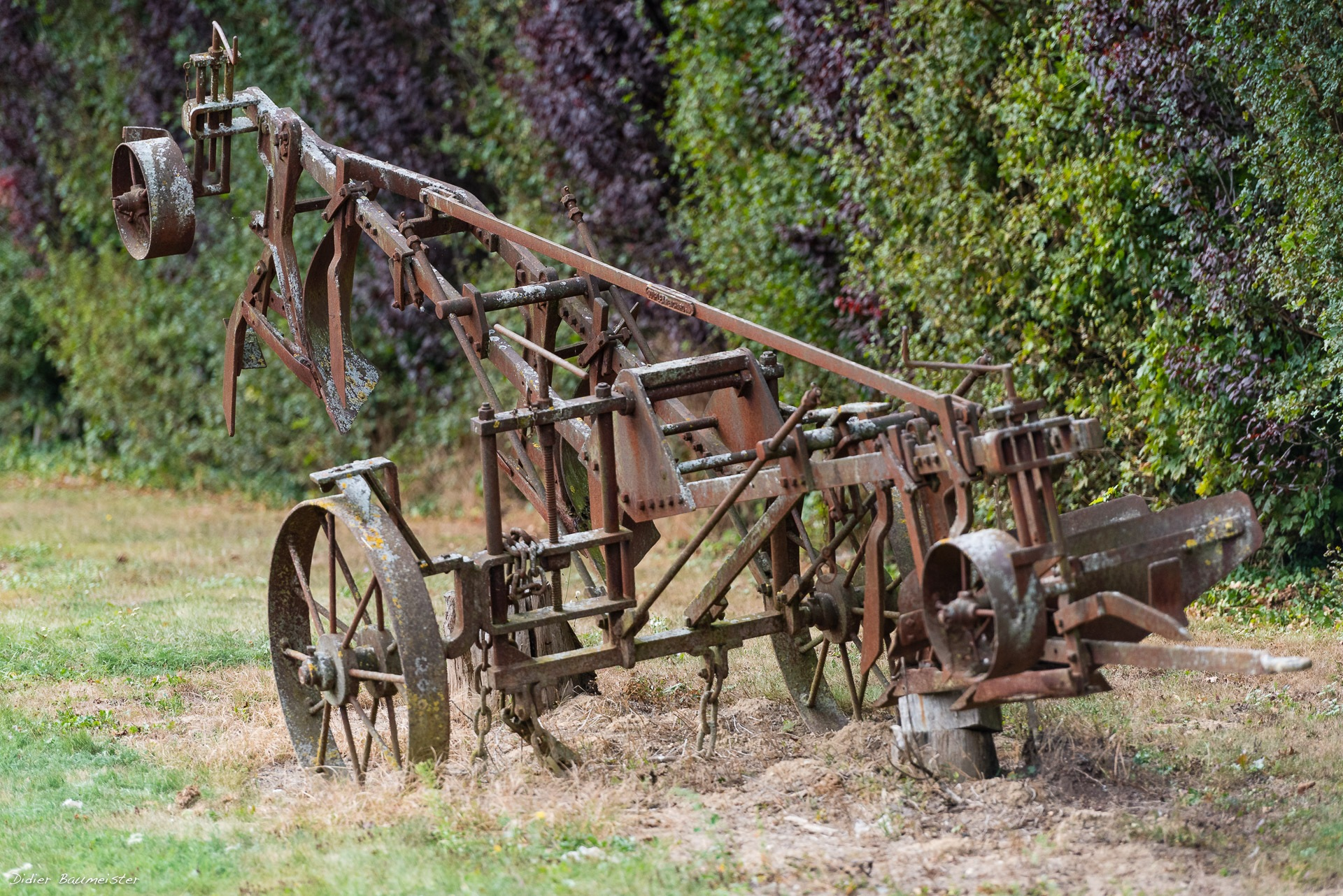 Photo in Rural #agriculture #campagne #engin #mécanique #agricole #metal #structure #exterieur