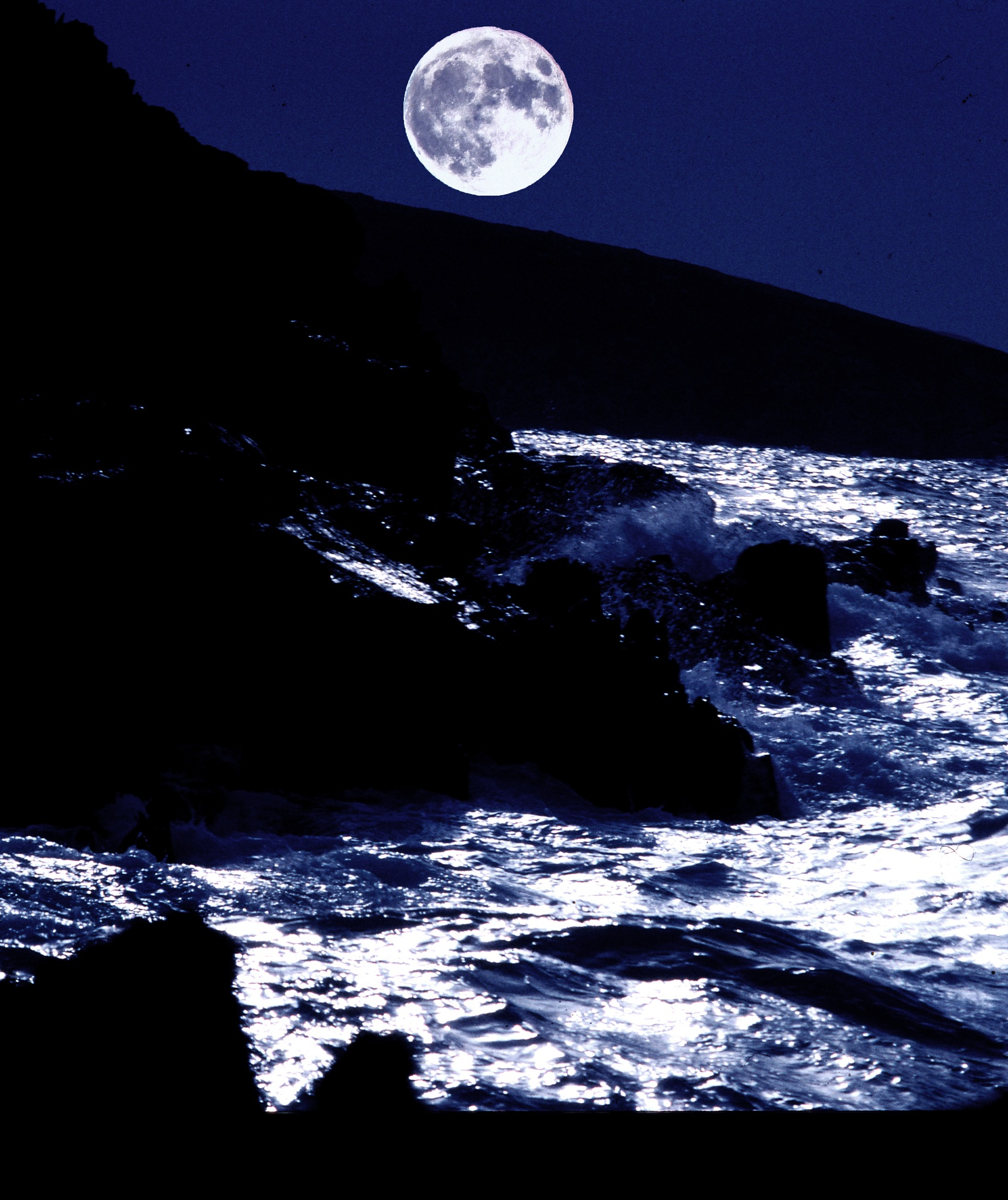 ocean moon by steve.quick.58
