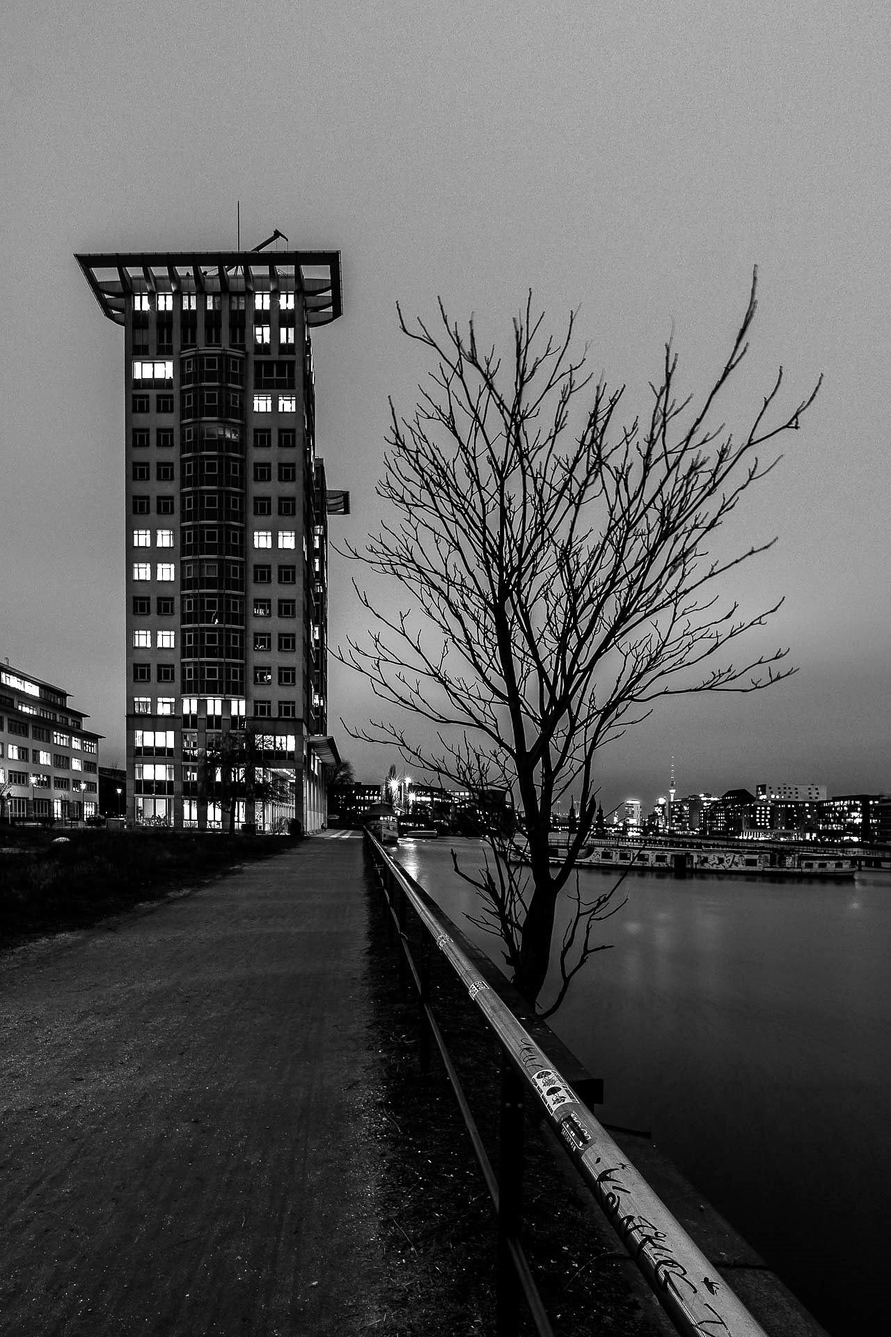 Darkside Berlin by JeckstadtPhotography