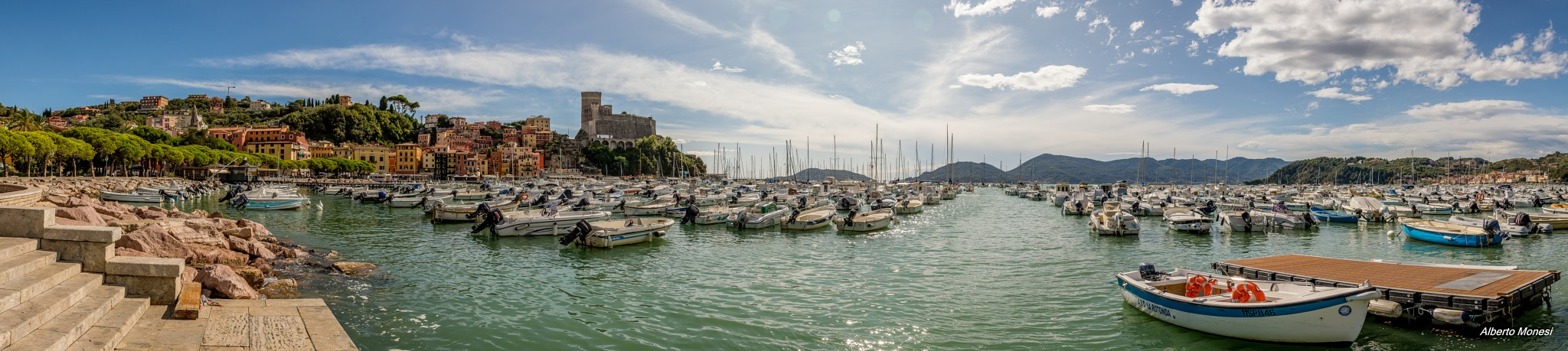porto di Lerici by Alberto Monesi
