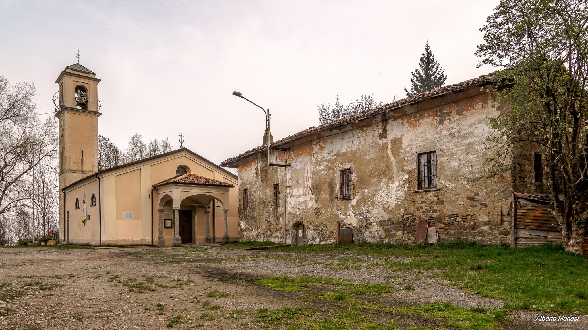 Consonno, la chiesetta by Alberto Monesi