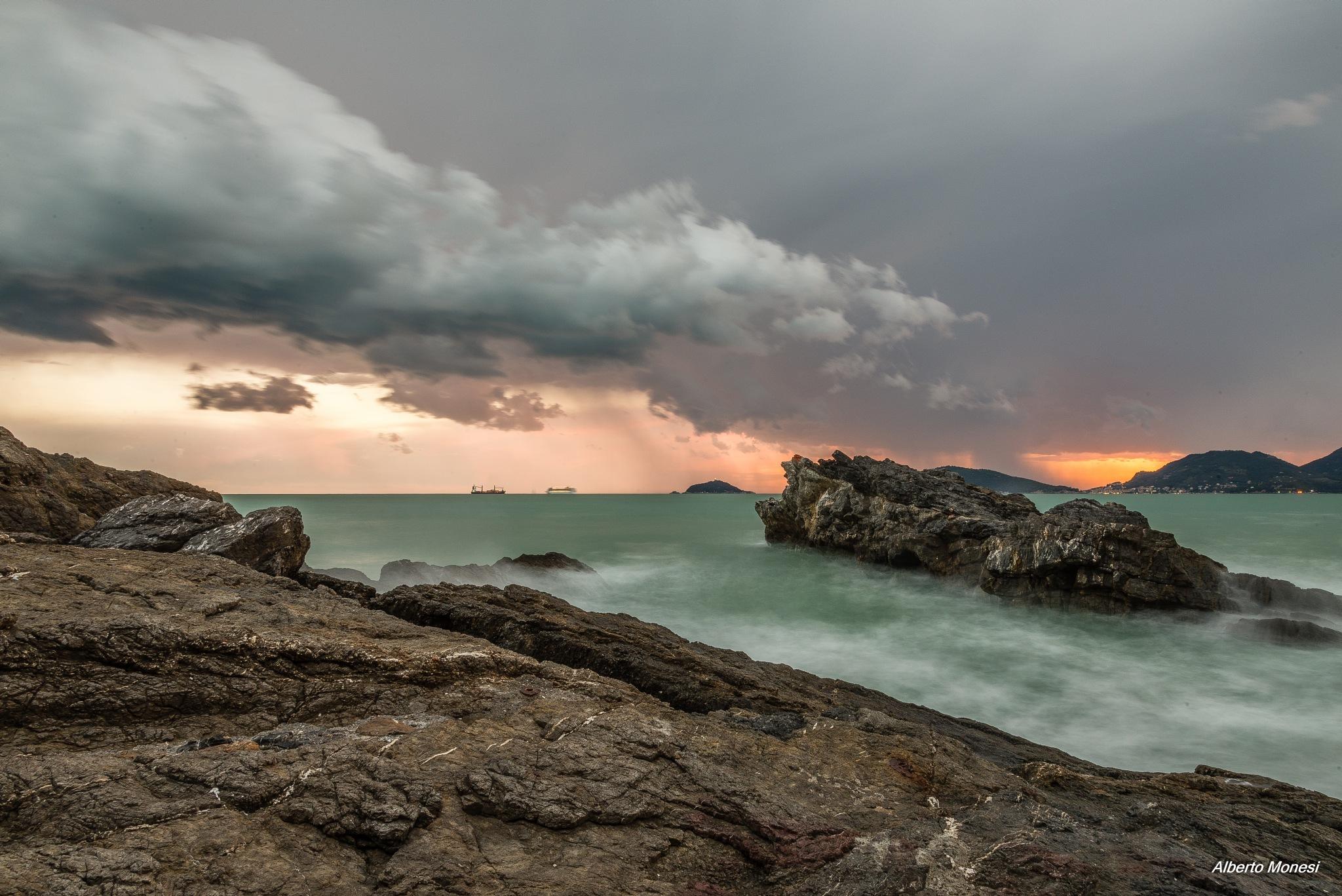 il cielo sopra Tellaro by Alberto Monesi